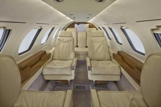 Citation_ll_Jet_N351CJ_9_15_cabin_a-1mb